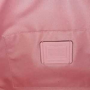 Coach Bags - NWT Coach Pebble Leather Elle Hobo in Petal Pink